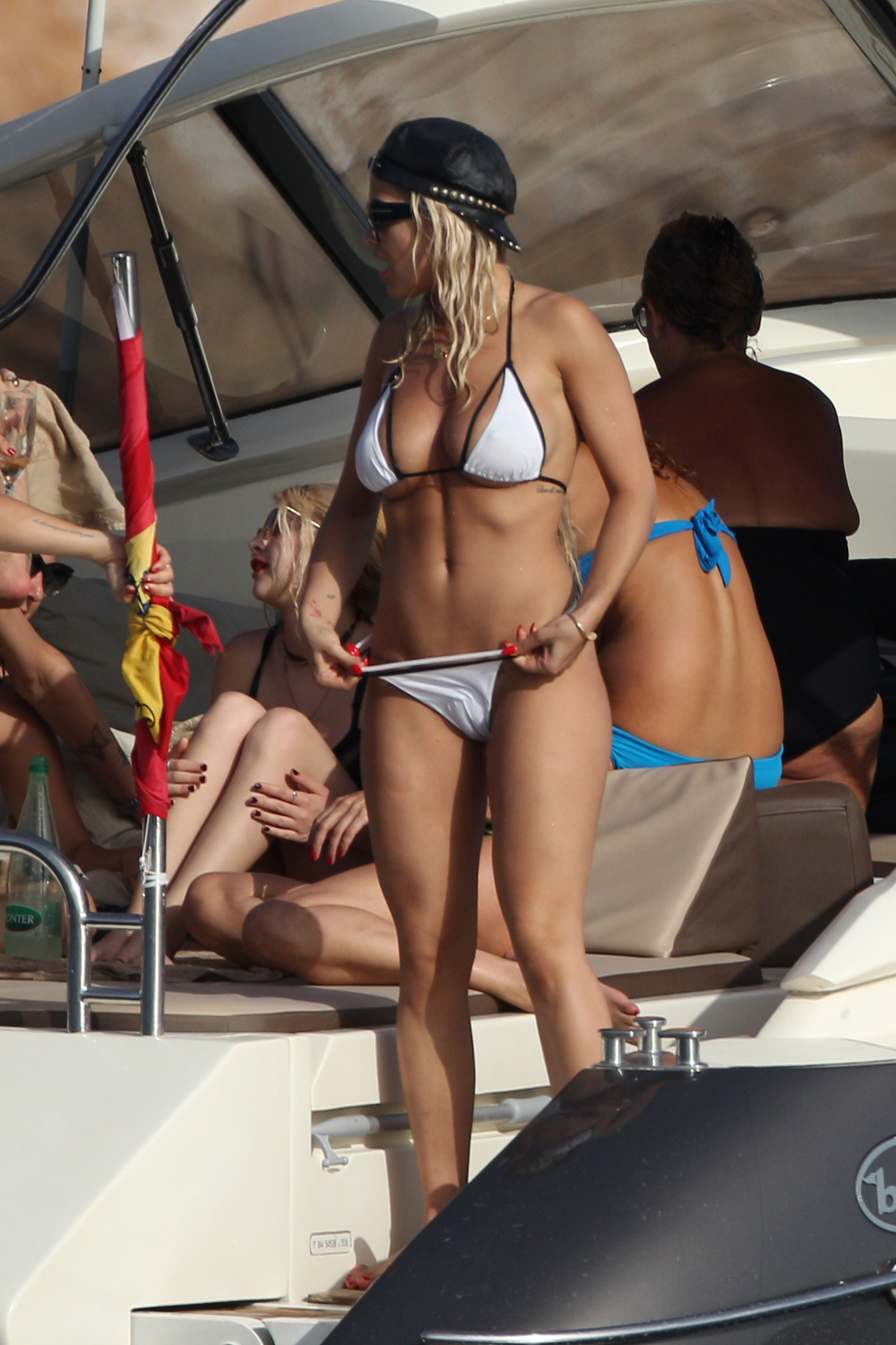 Legs open raunchy bikini pictures yes stunning