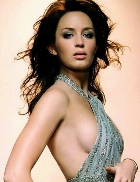emily-blunt-unseen-hot-photos-hot-d38c537588e99a1105acafb0848c7eac-smaller-83423.jpg
