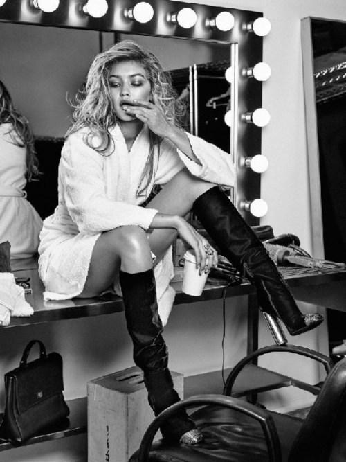 Gigi-Hadid-Vogue-Dutch-2015.jpg